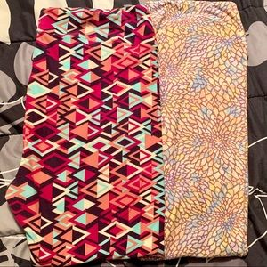 2 pairs of LuLaRoe TC2 leggings